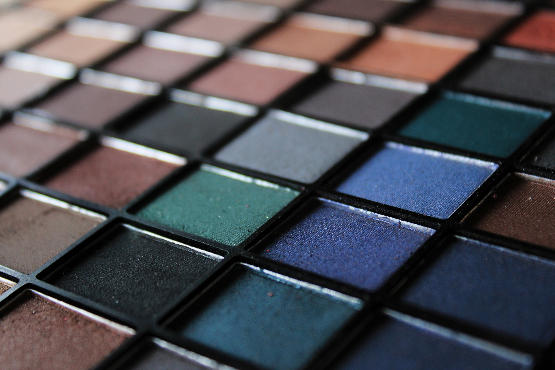 2020 Stamegna Virtual Meeting - Russia and CIS region - Make-up and Colour Cosmetics
